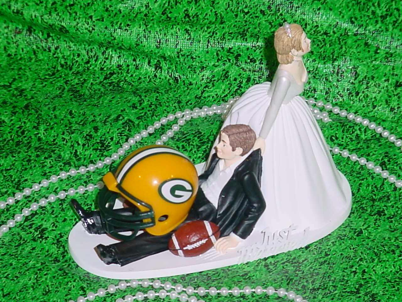 Greenbay packers wedding for Green bay packers wedding dress