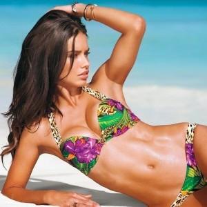 girl bikini 1