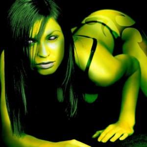 woman green 1