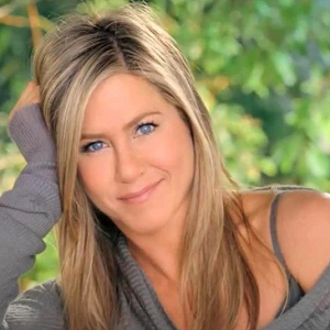 jennifer aniston aveeno