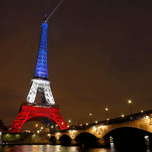 eiffel tower blue white red