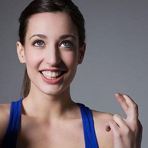 woman crossing fingers 4