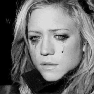 girl crying 5