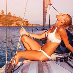 girl bikini yacht