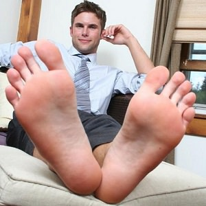 man-barefoot-2