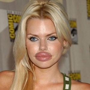 woman-big-lips-3.jpg